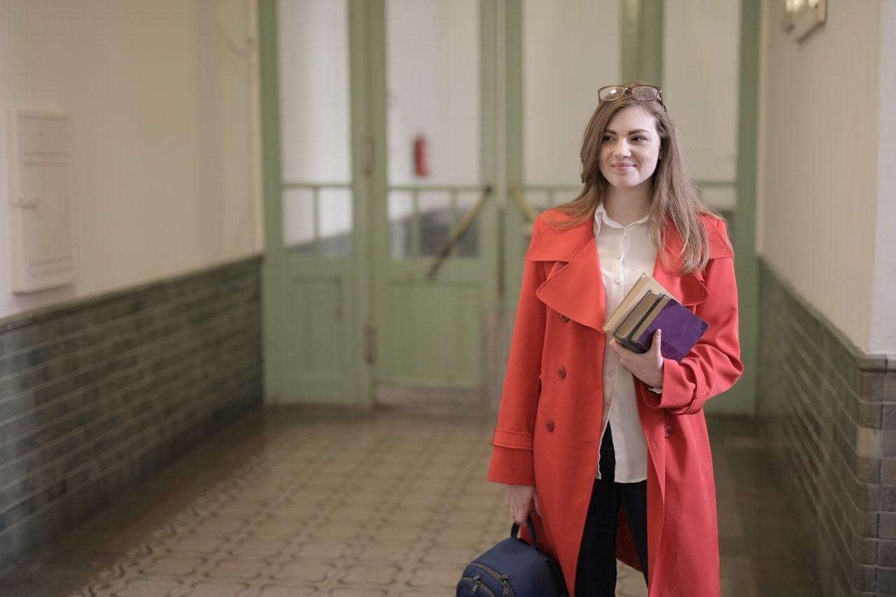 collège-espagnol-5ème-femme