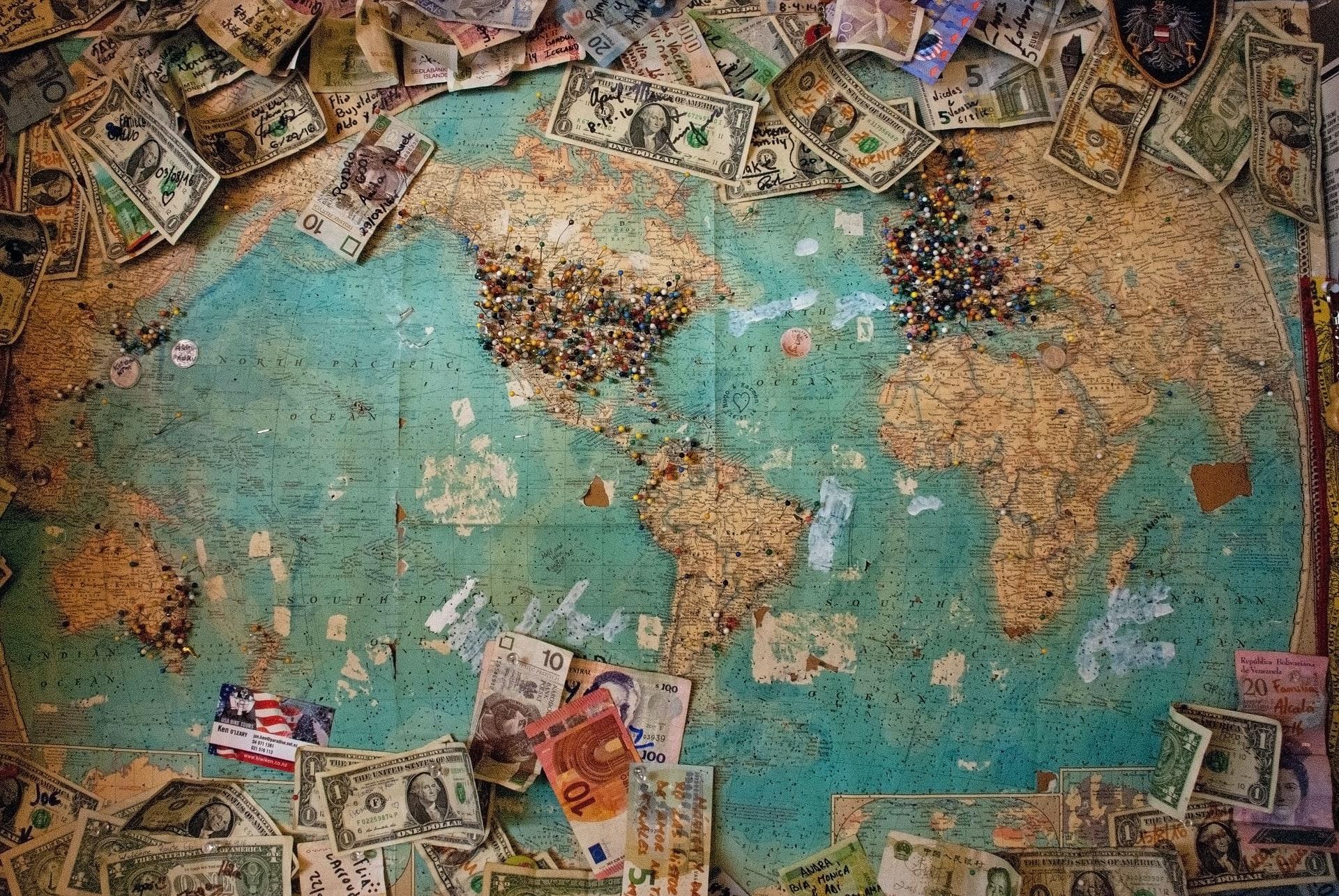 carte du monde où sont indiqués les entreprises