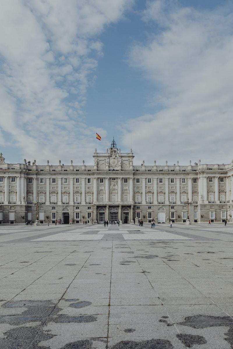 façade du palais royal espagnol