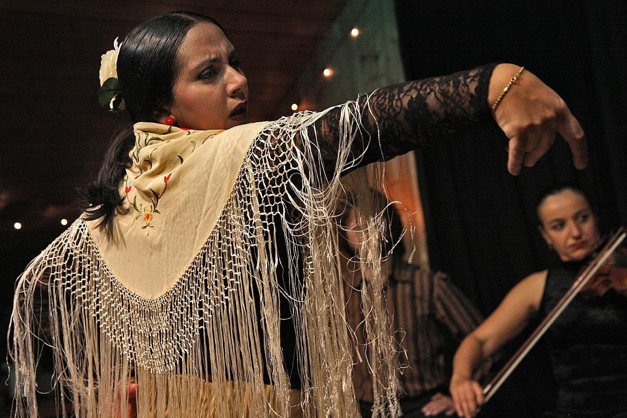 danseuse traditionnelle de Flamenco en Espagne